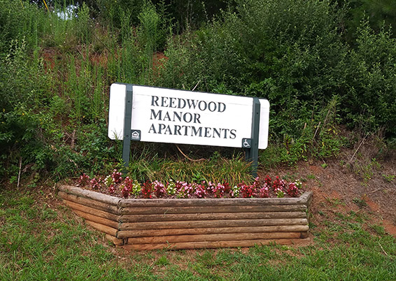 Reedwood Manor